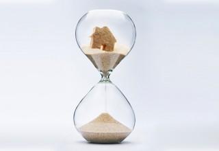house-hourglass