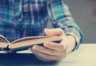 readingBook